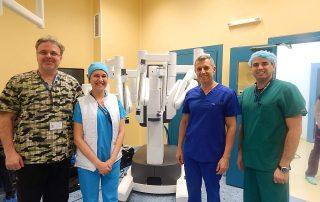 Блогът на д-р Николай Колев | Двойна робот-асистирана операция